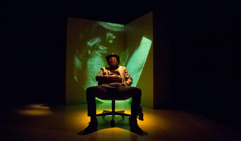 LE TRANSFORMISTE / Cie Travelling Théâtre / Vend 15 JANV 2021/Le Geyser/ 20h30/ A partir de 14 ans / 1h05